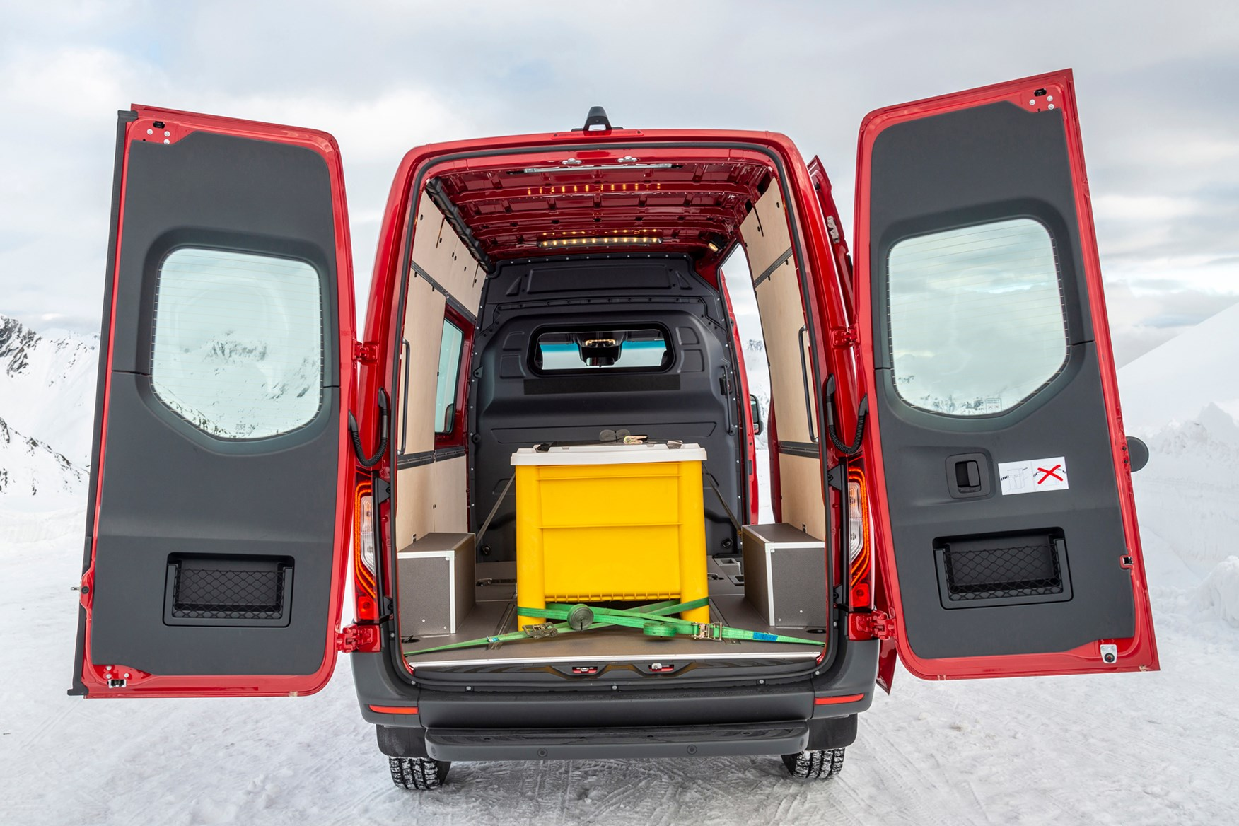 Mercedes Sprinter 4x4 has a maximum payload of 1,220kg in some iterations