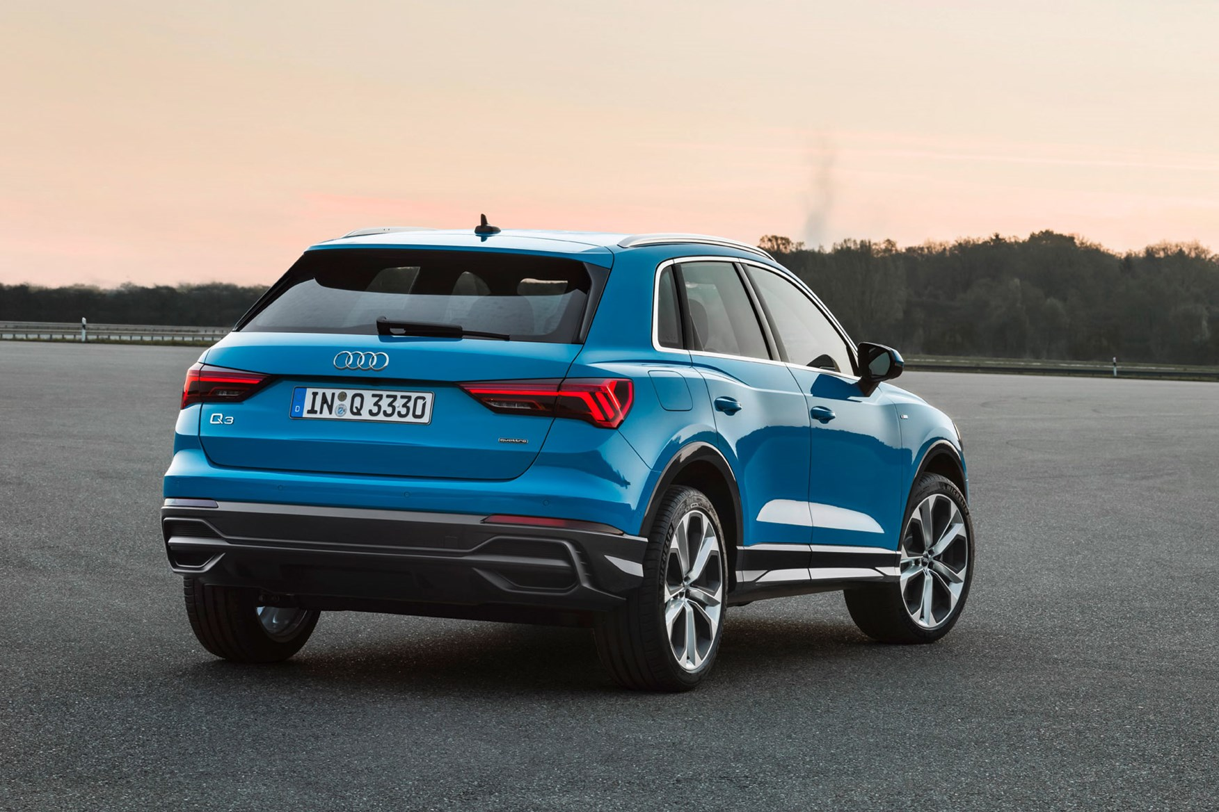 The rear end of the 2018 Audi Q3