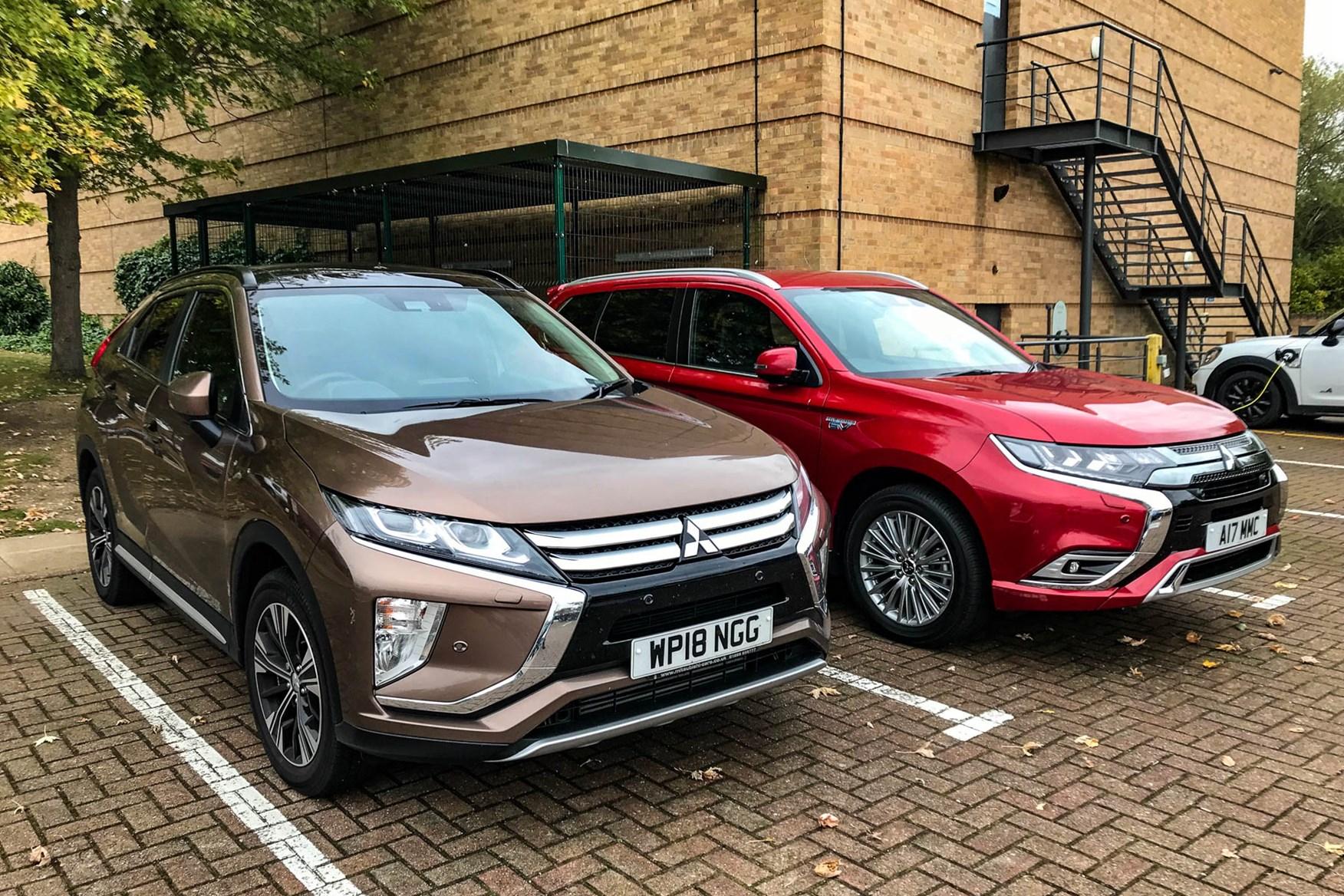 2018 Mitsubishi Outlander PHEV vs Eclipse Cross 4
