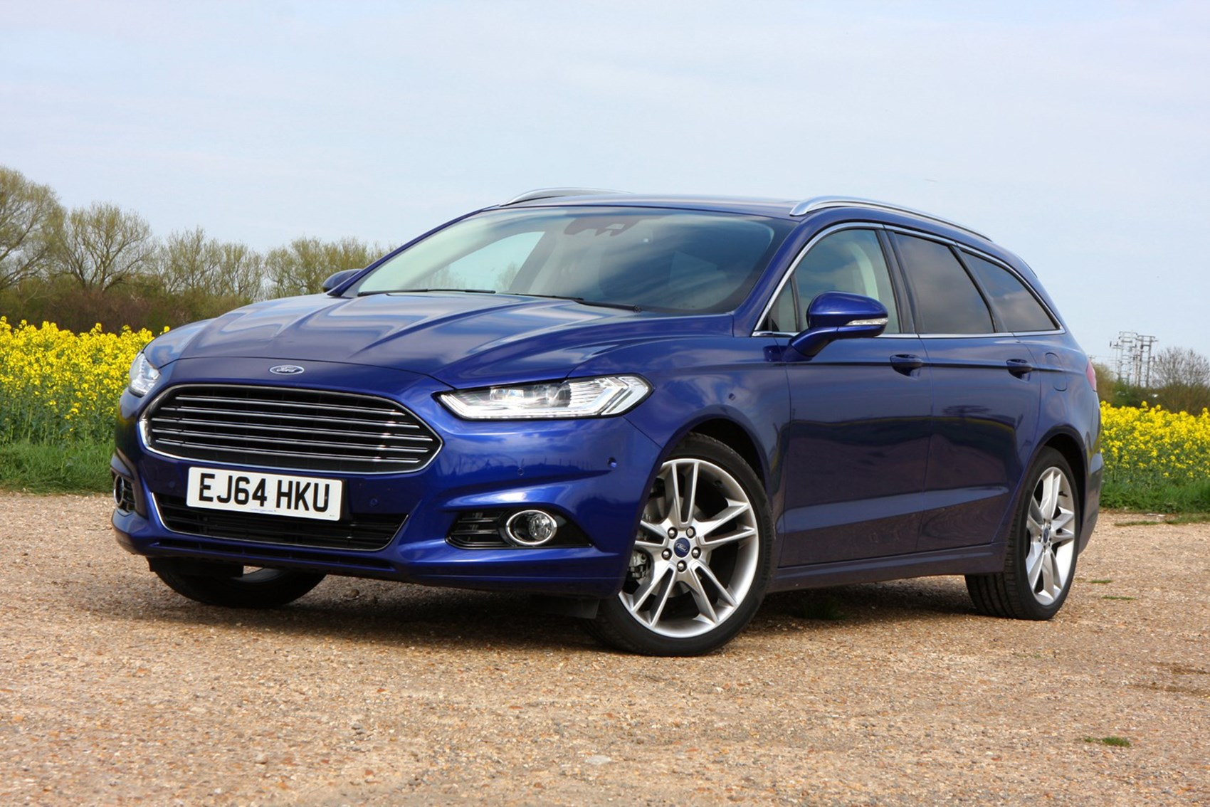 Ford Mondeo Estate - best towing cars reviews