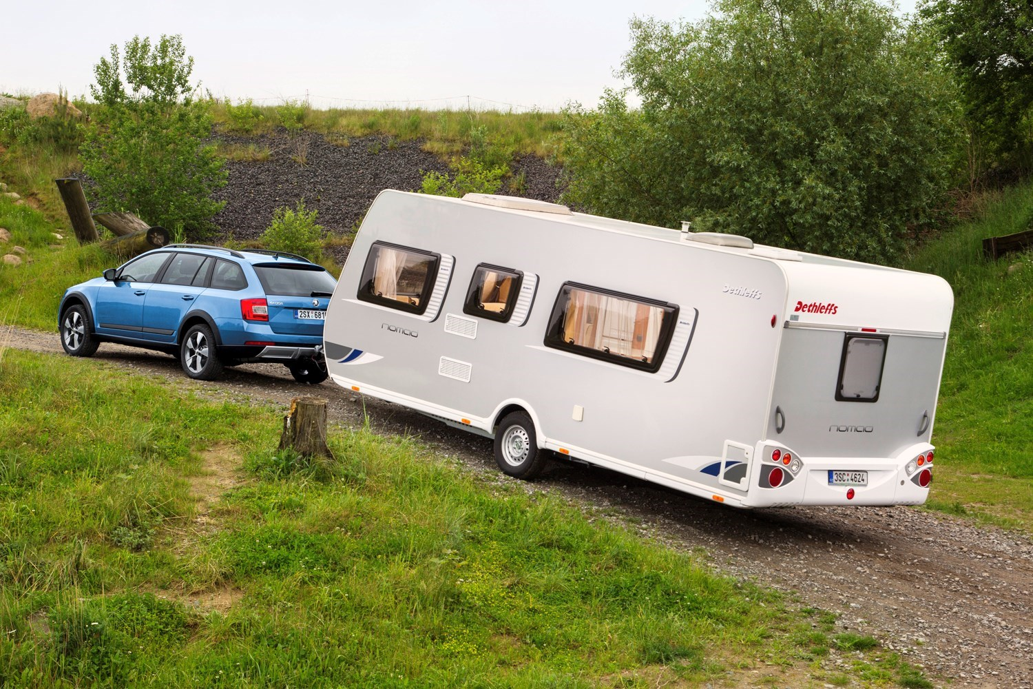 Skoda Octavia Scout - best towing cars reviews
