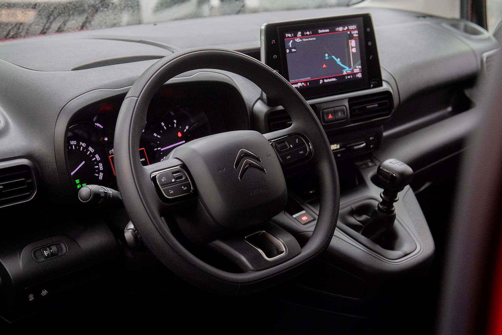 Citroen Berlingo review - cab interior, steering wheel, dashboard, infotainment