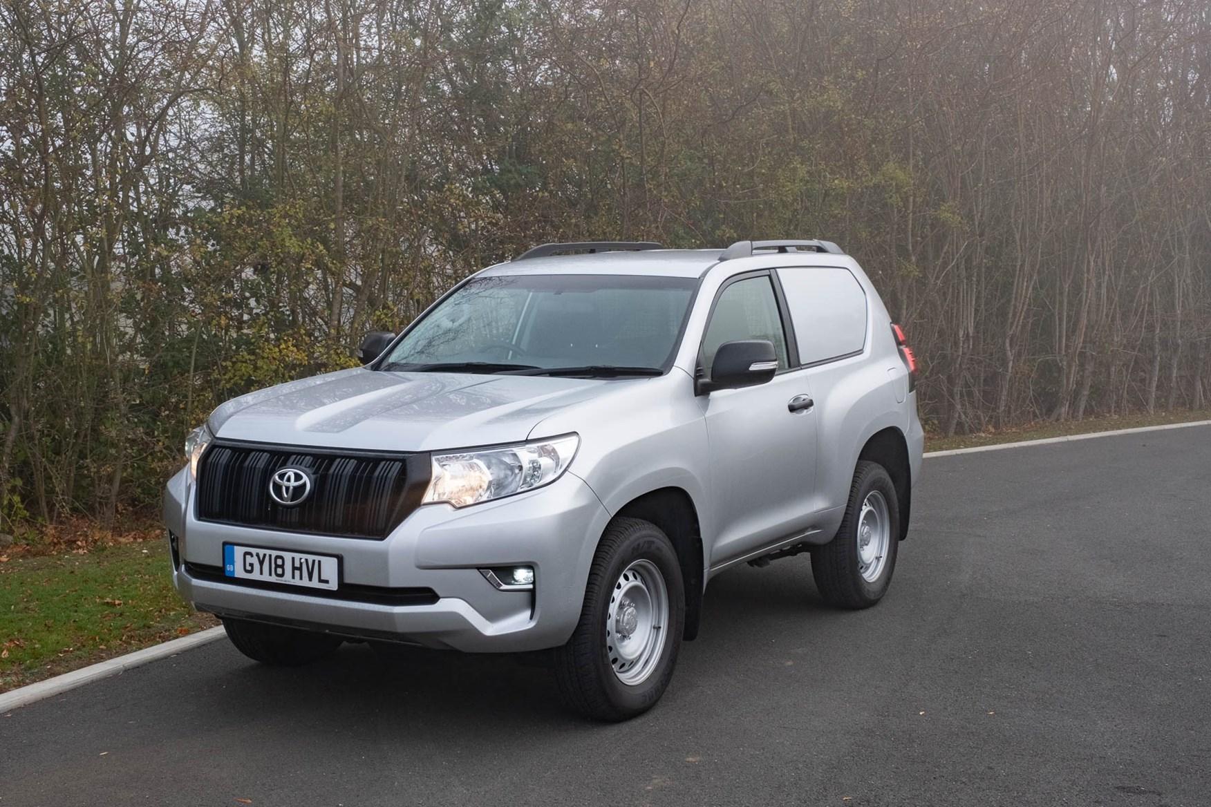 Toyota Land Cruiser Utility - SWB - side