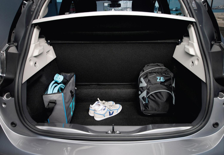 renault zoe hatchback review parkers. Black Bedroom Furniture Sets. Home Design Ideas