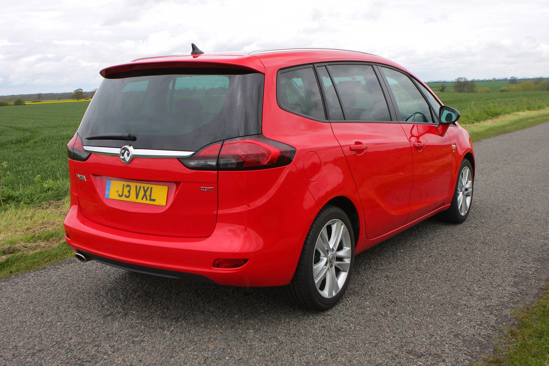 vauxhall zafira tourer review 2012 parkers. Black Bedroom Furniture Sets. Home Design Ideas
