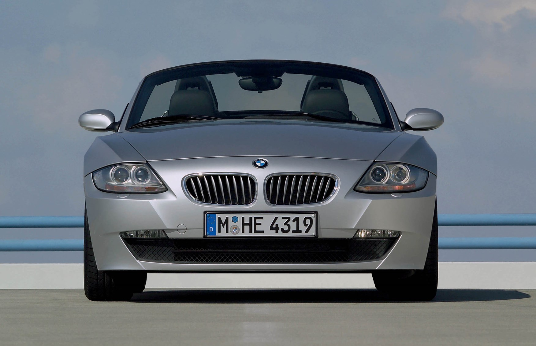 Bmw Z4 Roadster 2003 2008 Running Costs Parkers
