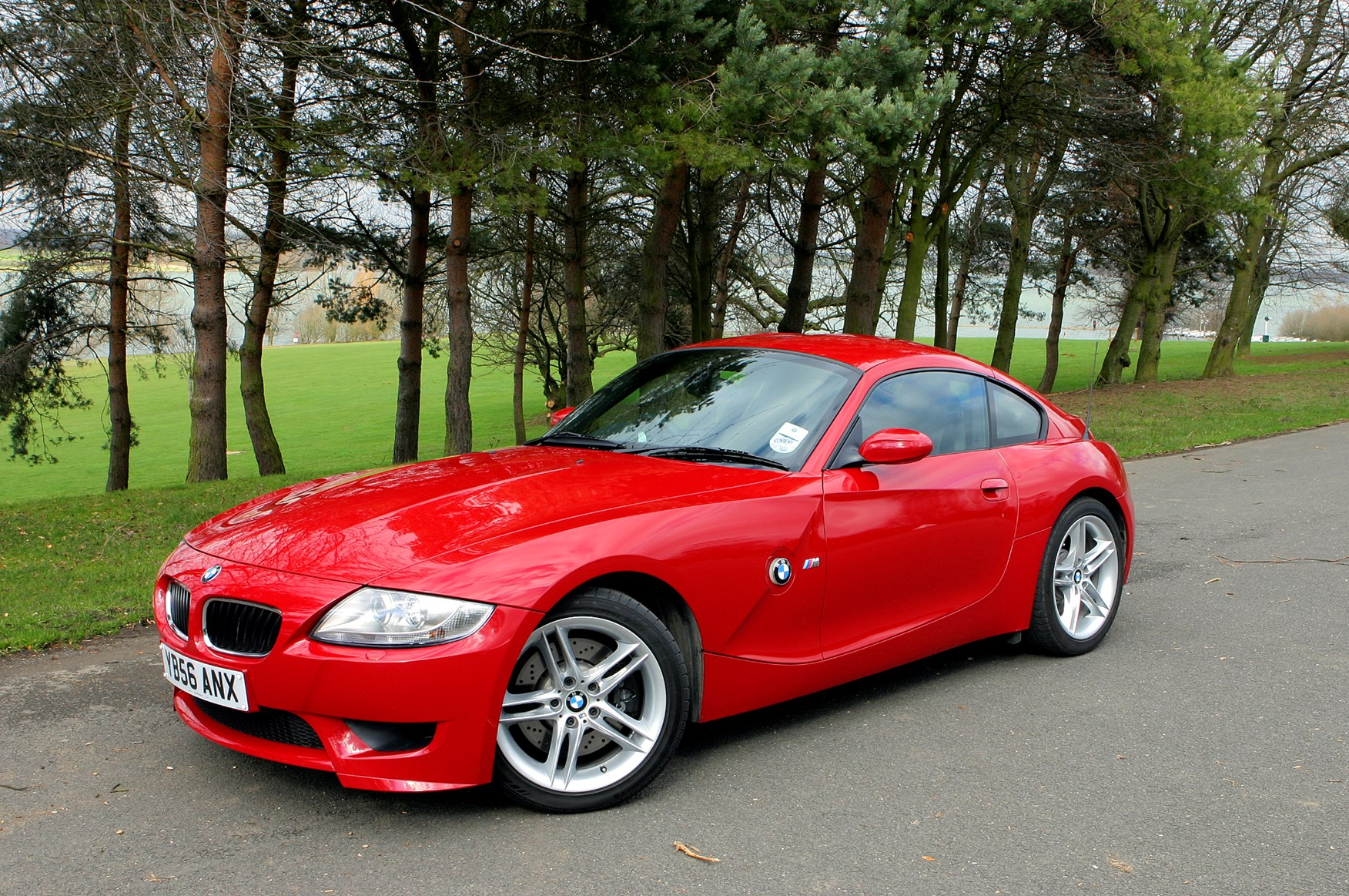 Bmw Z4 M 2006 2008 Features Equipment And Accessories