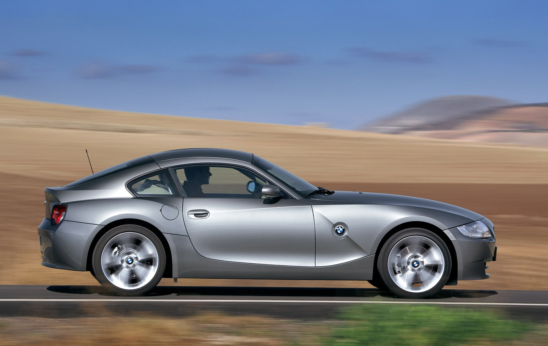 BMW Z4 Coupé Review (2006 - 2008) | Parkers