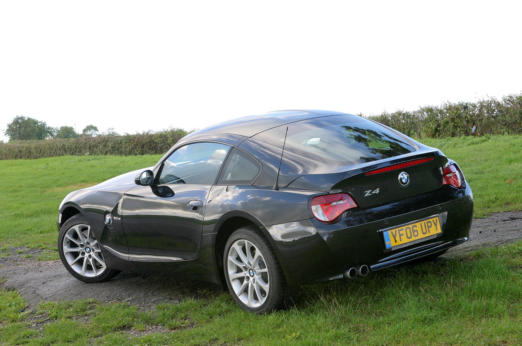 Bmw Z4 Coup 233 2006 2008 Features Equipment And