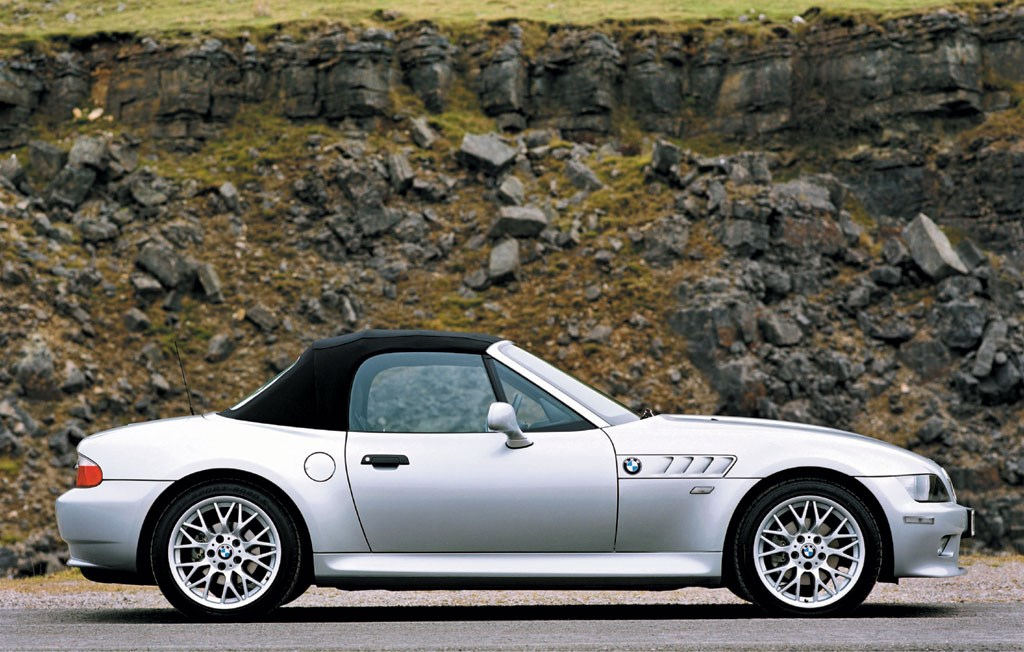 bmw z3 roadster review 1996 2002 parkers. Black Bedroom Furniture Sets. Home Design Ideas
