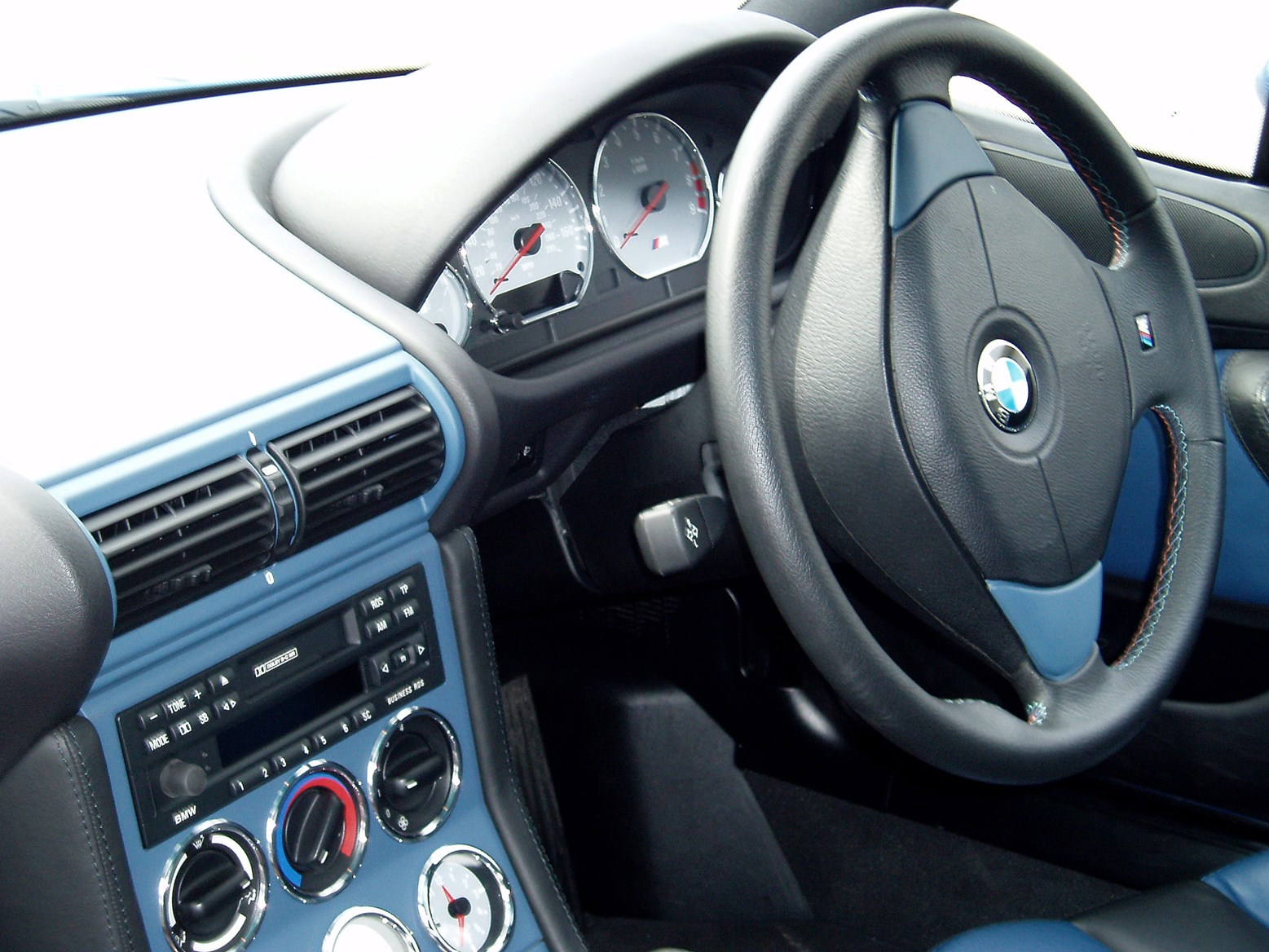 Used Bmw Z3 M Coupe 1998 2002 Interior Parkers