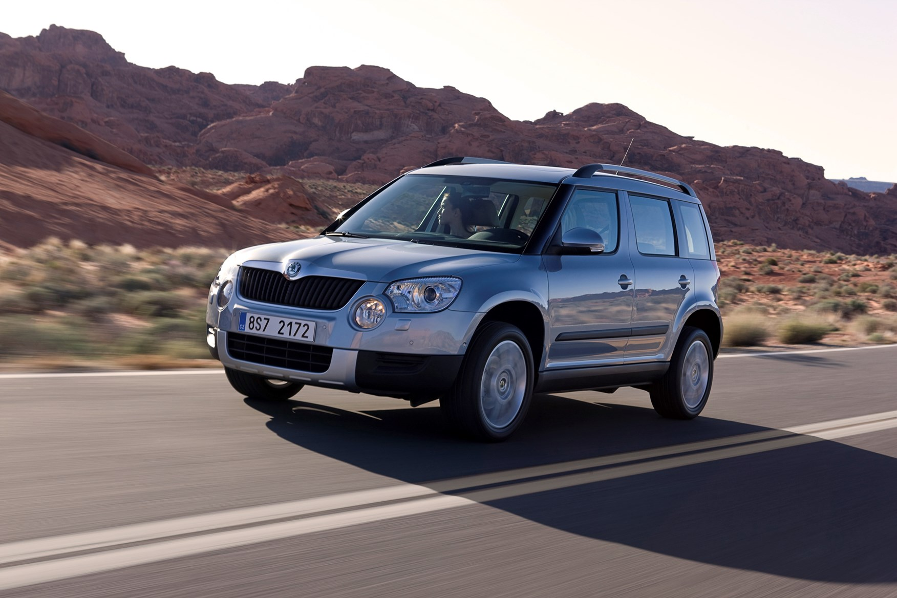 skoda yeti hatchback review 2009 2017 parkers. Black Bedroom Furniture Sets. Home Design Ideas