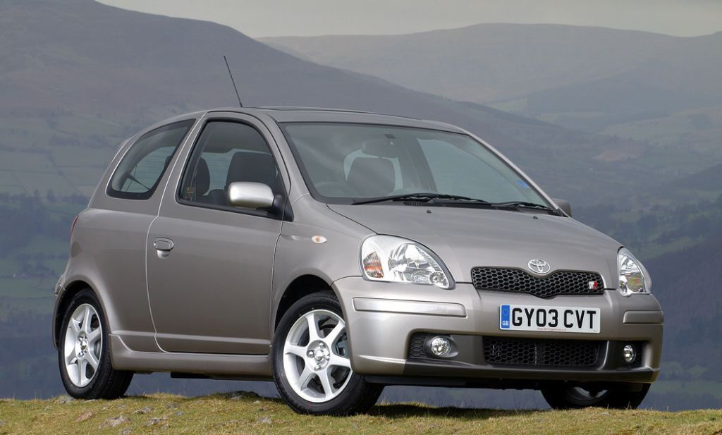 Toyota Yaris T Sport 2001 2005 Features Equipment And Accessories Parkers