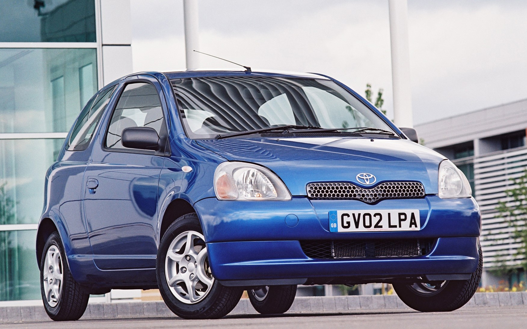 Toyota Yaris Hatchback Review 1999 2005 Parkers