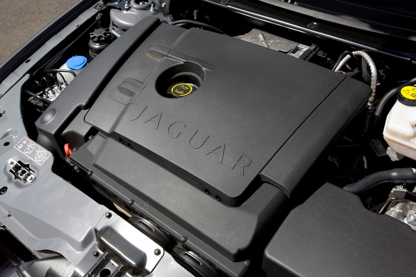 Jaguar X-Type Saloon Review (2001 - 2010) | Parkers