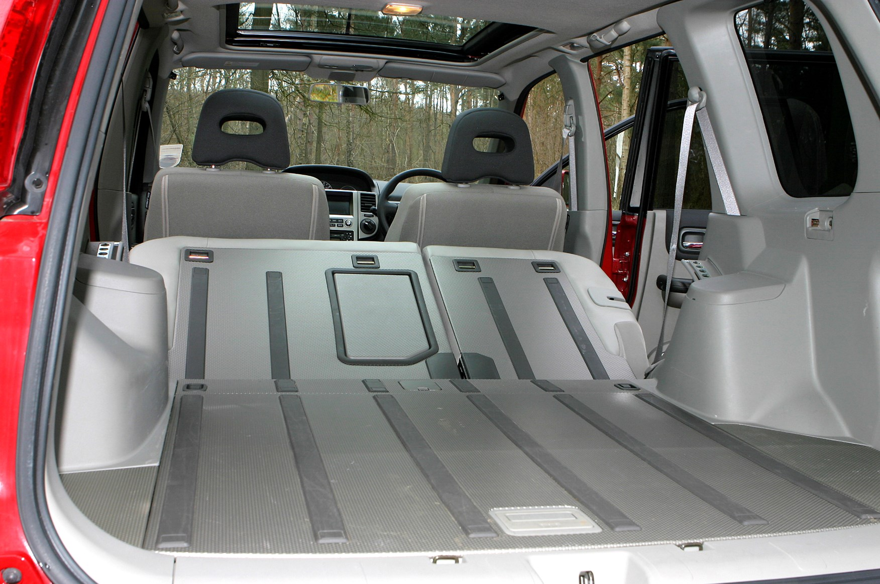 nissan x trail station wagon 2001 2007 rivals parkers. Black Bedroom Furniture Sets. Home Design Ideas