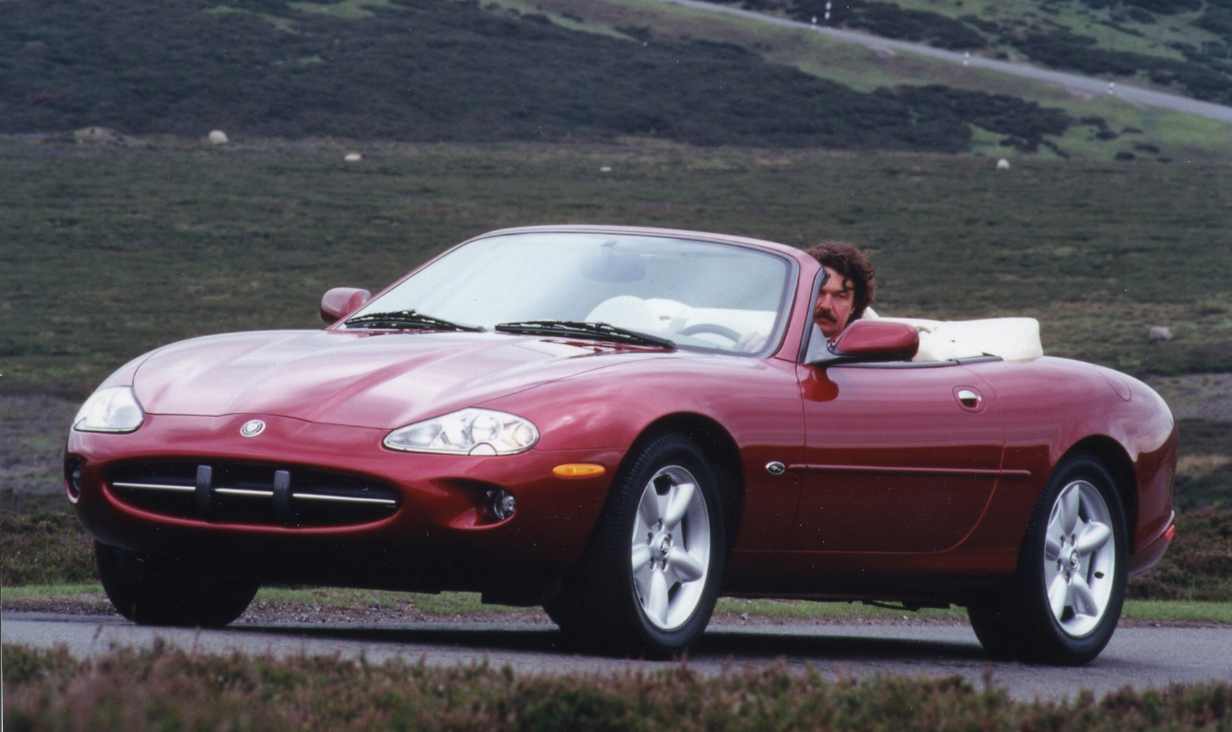 jaguar xk8 convertible review 1996 2005 parkers. Black Bedroom Furniture Sets. Home Design Ideas