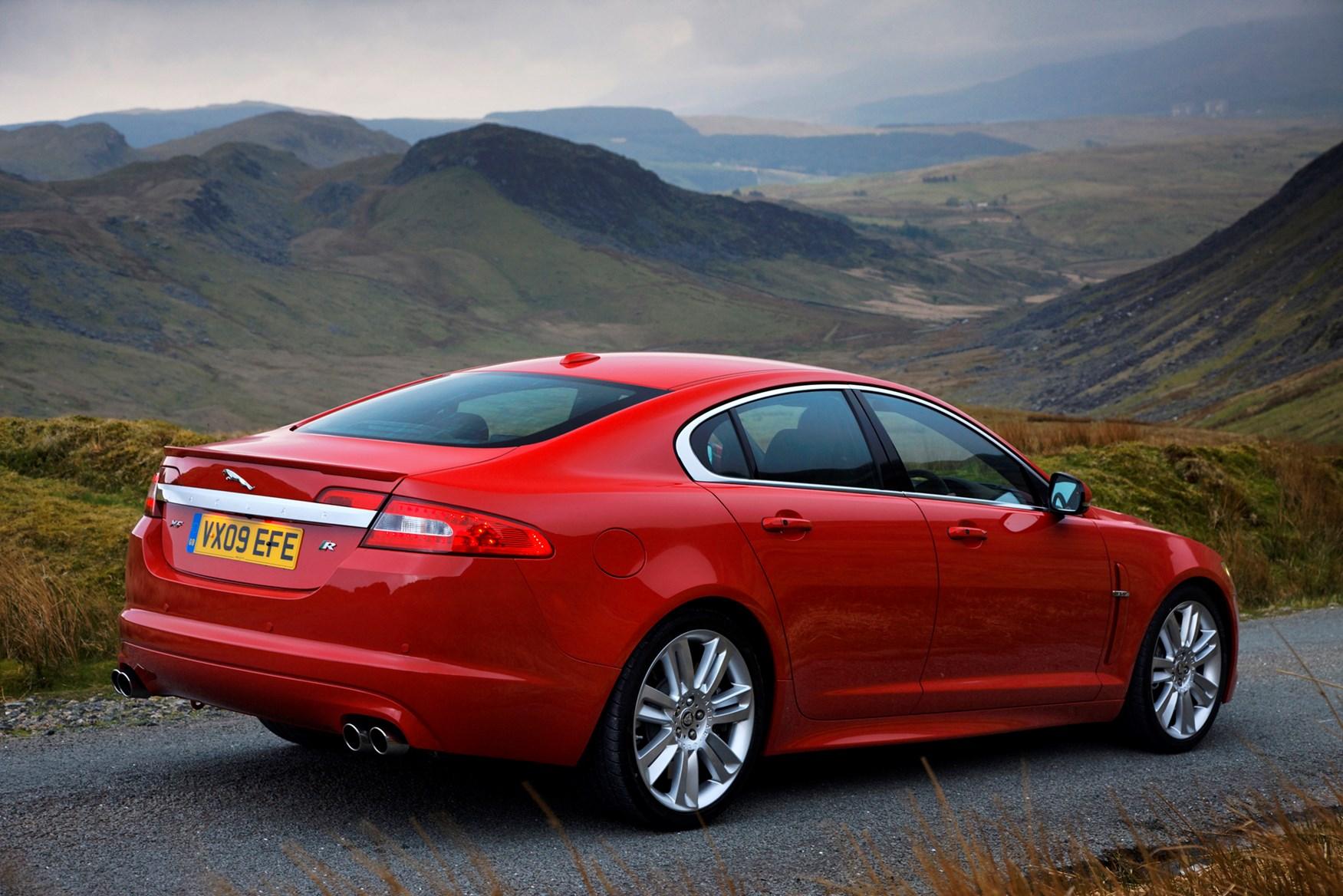 Used Jaguar Xf R 2009 2015 Review Parkers