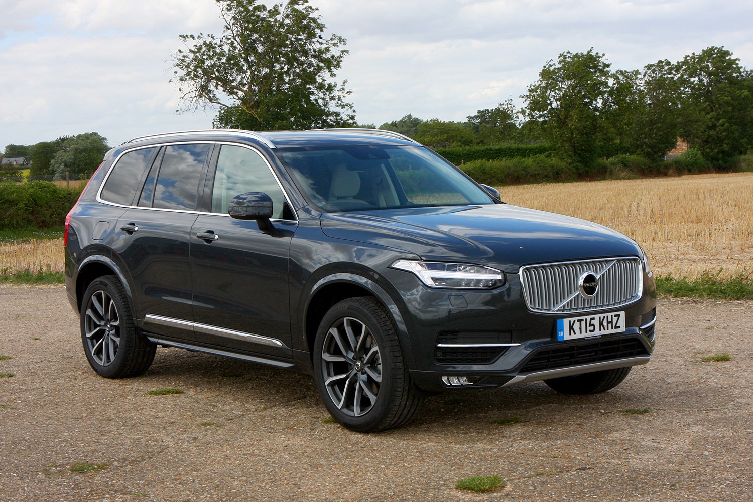 volvo xc90 estate 2015 running costs parkers. Black Bedroom Furniture Sets. Home Design Ideas