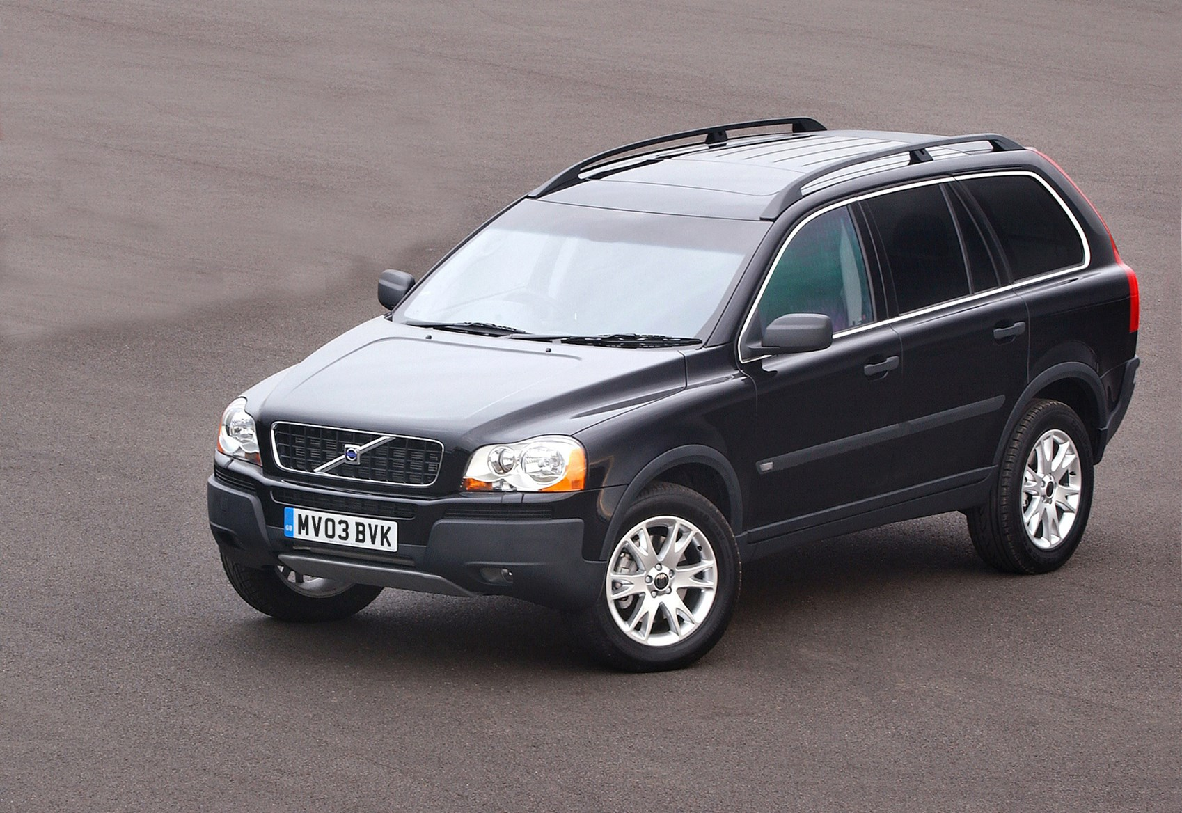 Volvo xc90 estate 2002 2014 running costs parkers how much is it to insure publicscrutiny Image collections