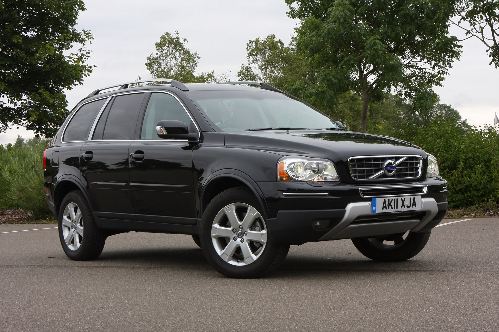 Volvo XC90 Estate Review (2002 - 2014) | Parkers