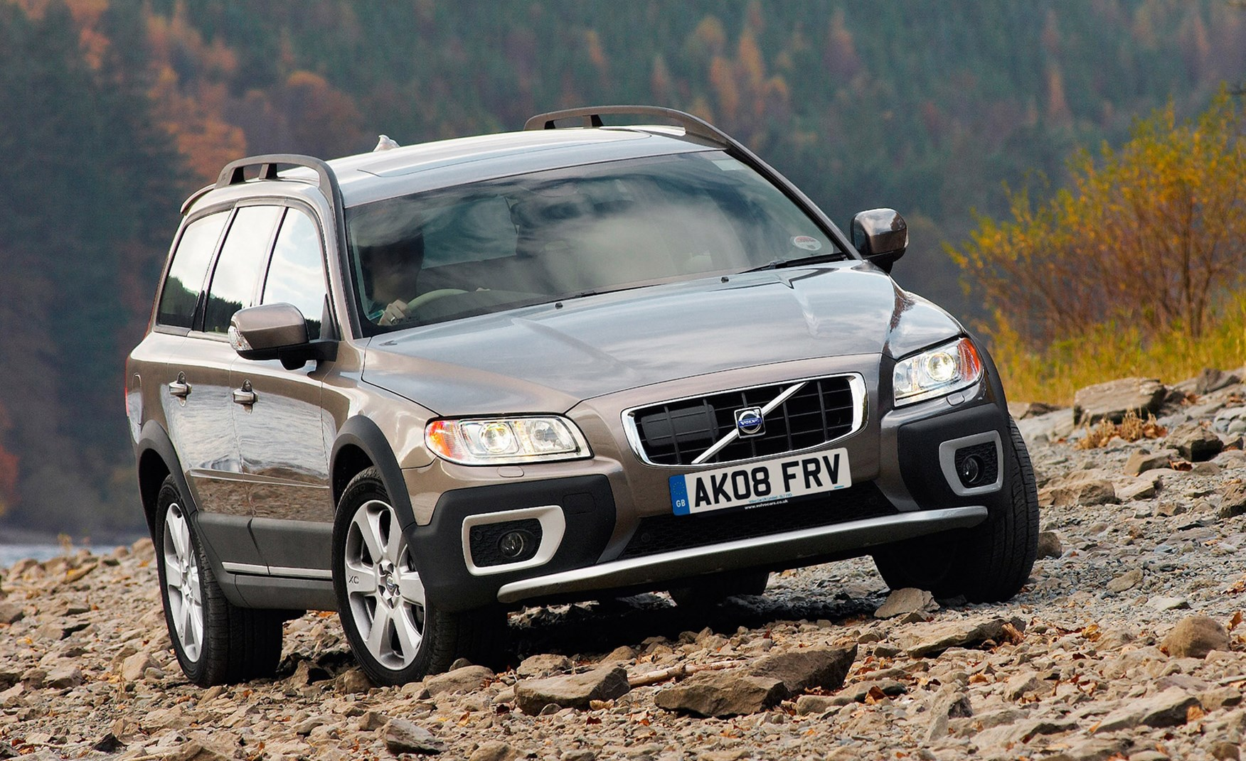 volvo xc70 estate review 2007 2016 parkers. Black Bedroom Furniture Sets. Home Design Ideas