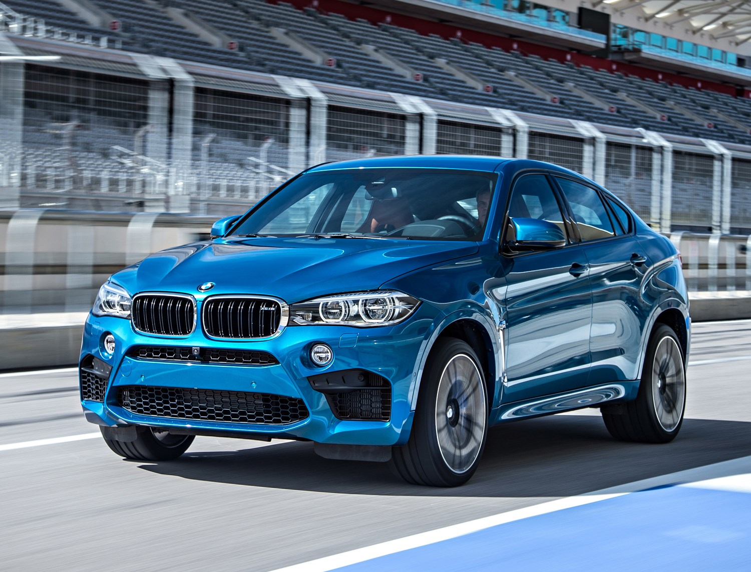 Bmw X6 4x4 Review 2014 Parkers