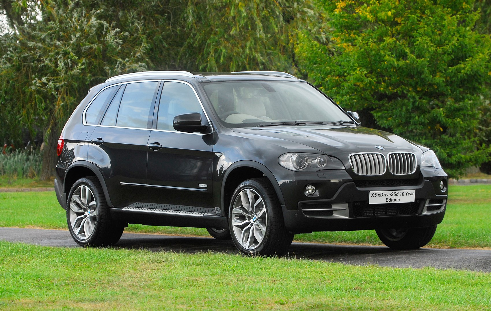 bmw x5 estate review 2007 2013 parkers. Black Bedroom Furniture Sets. Home Design Ideas