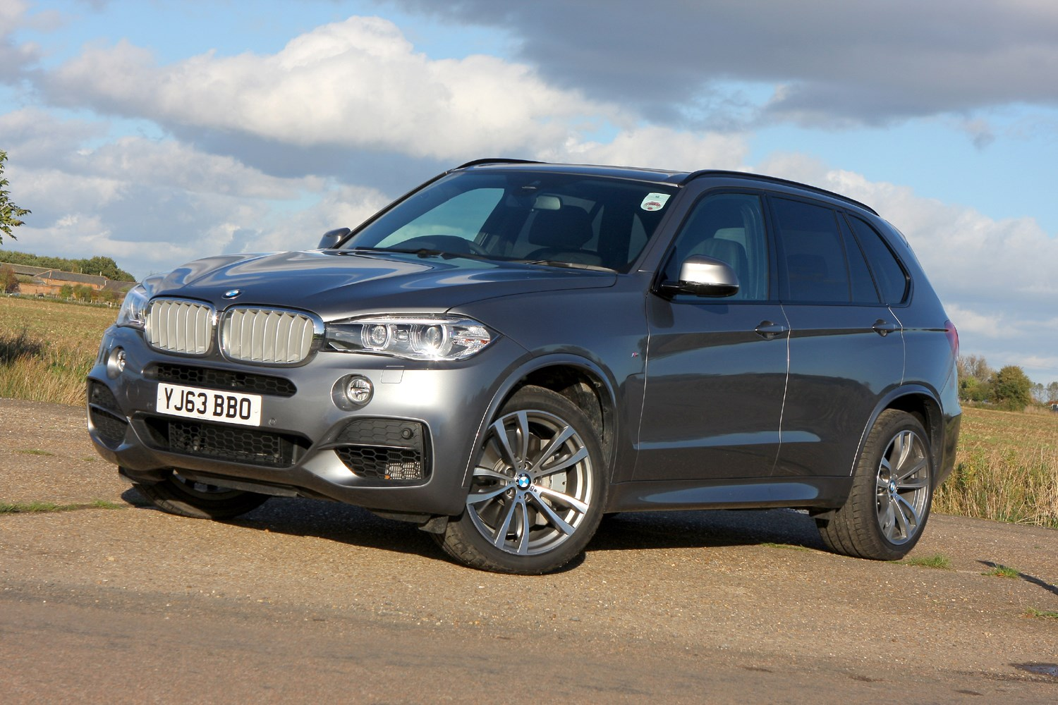 bmw x5 suv review parkers. Black Bedroom Furniture Sets. Home Design Ideas