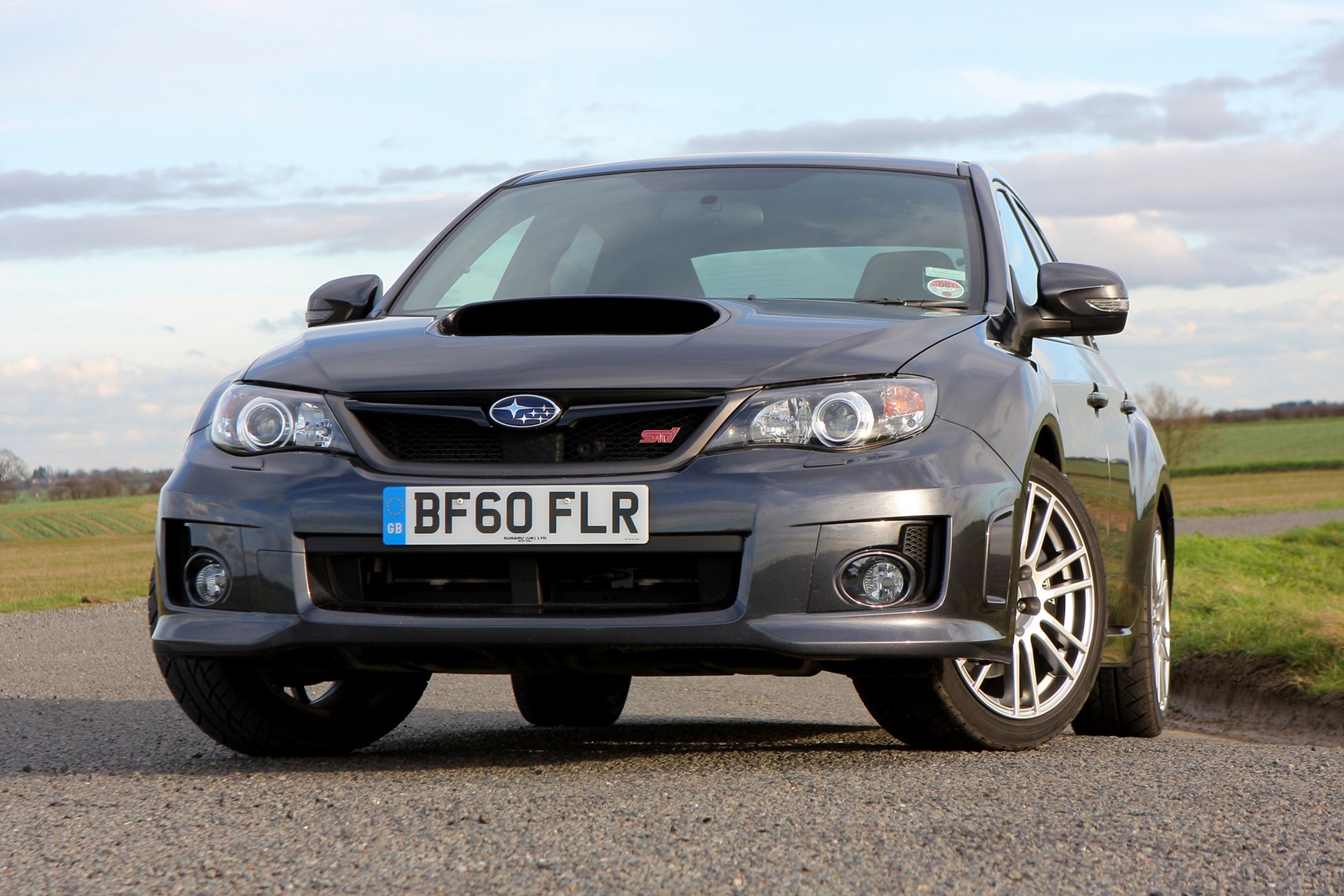 subaru wrx sti 2010 2010 running costs parkers. Black Bedroom Furniture Sets. Home Design Ideas