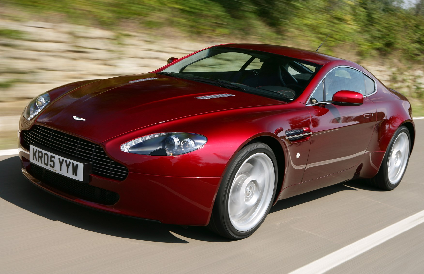 Used Aston Martin Vantage Coupe 2005 2018 Review Parkers