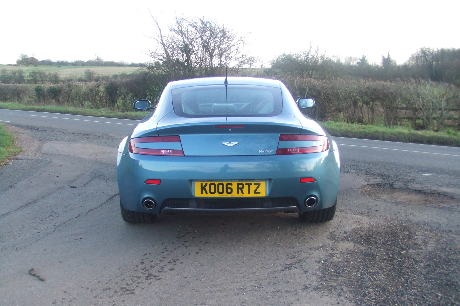 Aston Martin Vantage Coupe Running Costs Parkers - How much is an aston martin