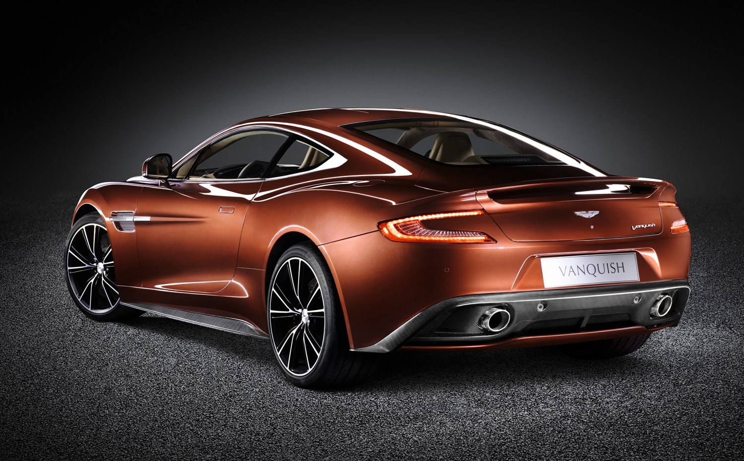 aston martin vanquish coupe review | parkers