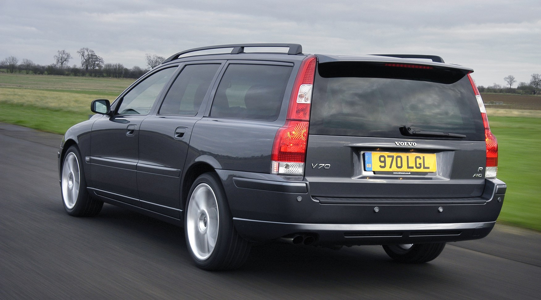 Volvo V70 Estate (2000 - 2007) Features, Equipment and Accessories | Parkers