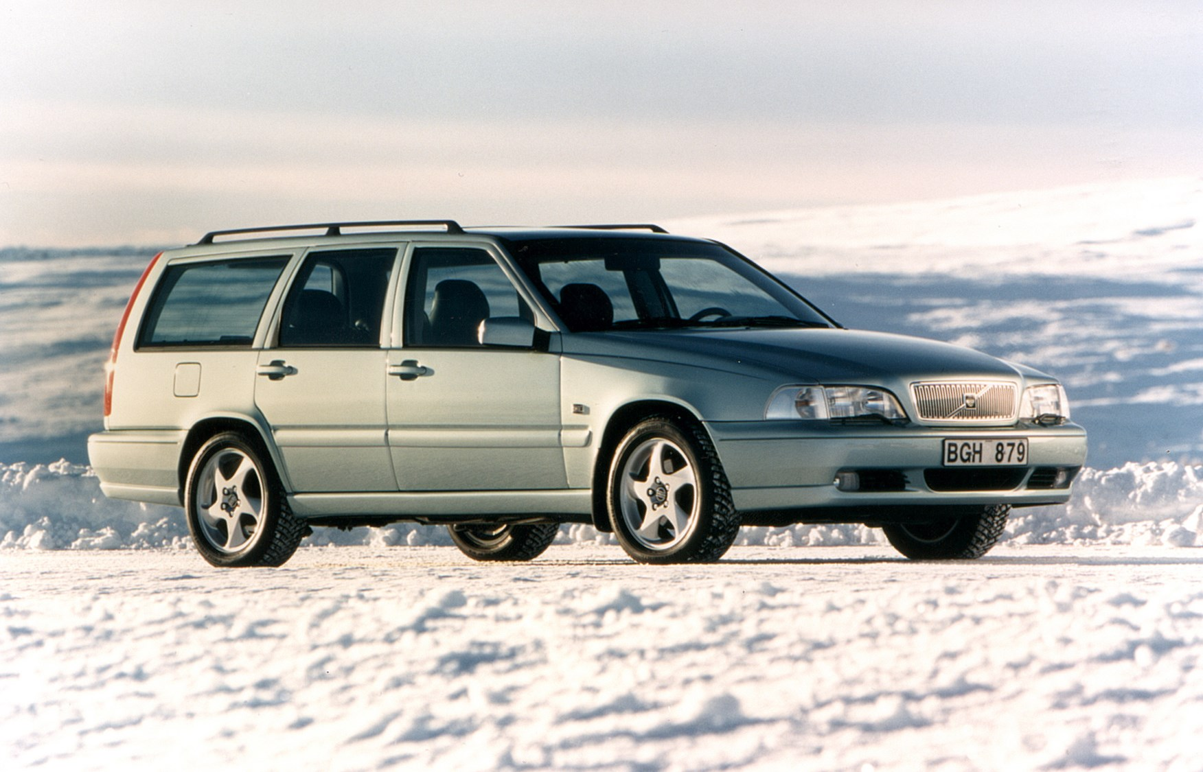 Volvo V70 Estate 1996 2001 Features Equipment And
