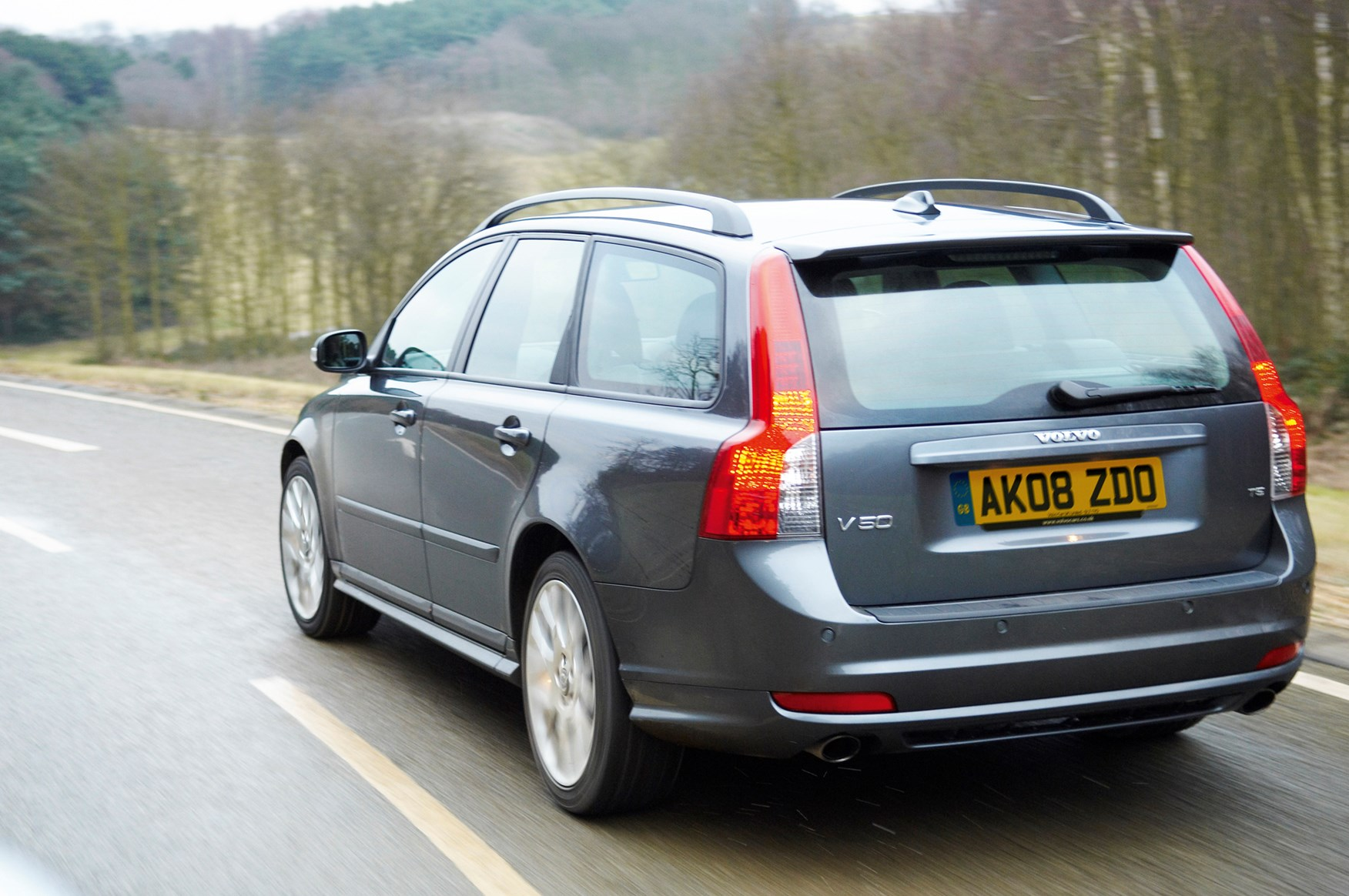 Used Volvo V50 Estate 2004 2012 Review Parkers