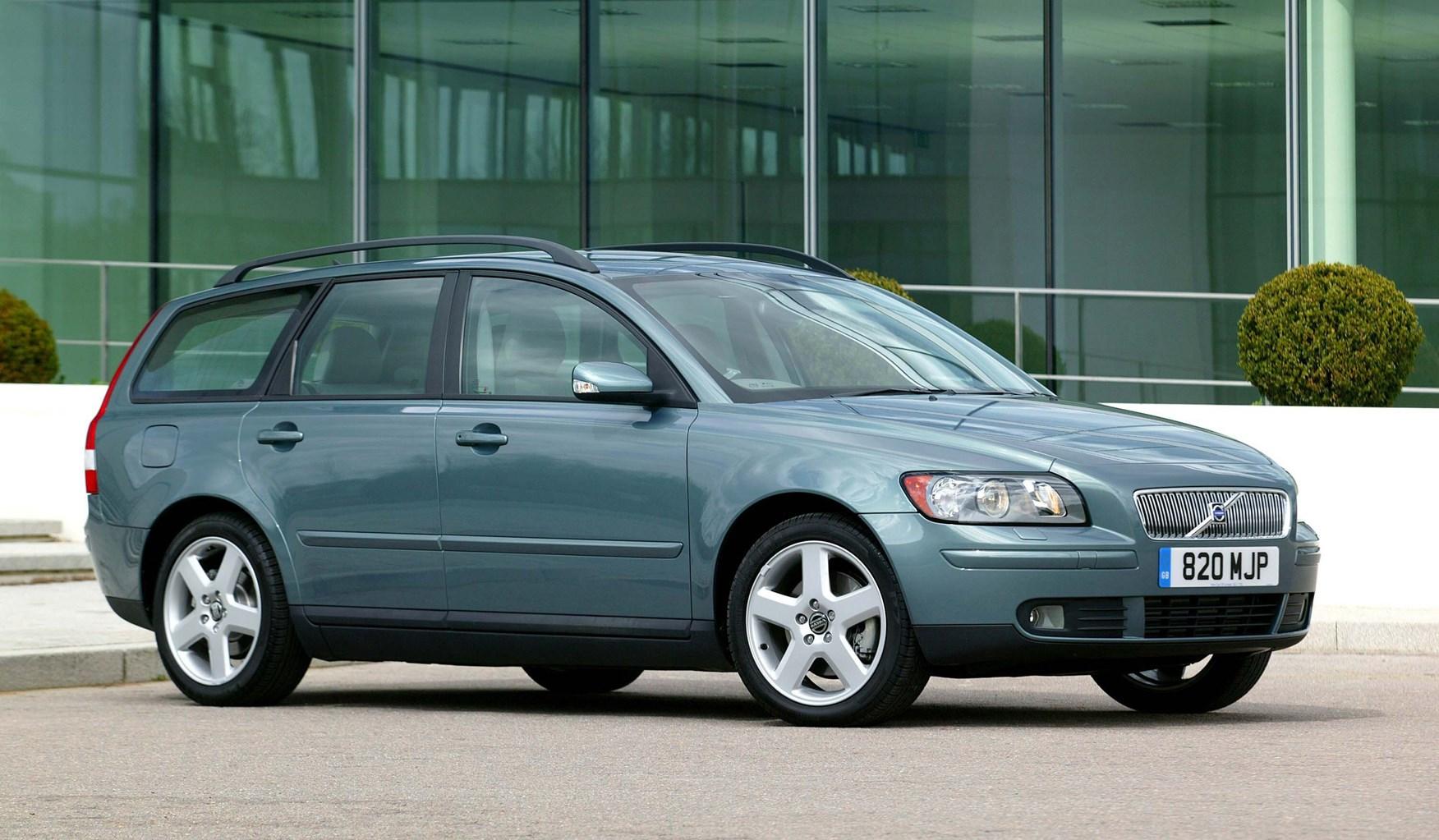 Volvo v50 review