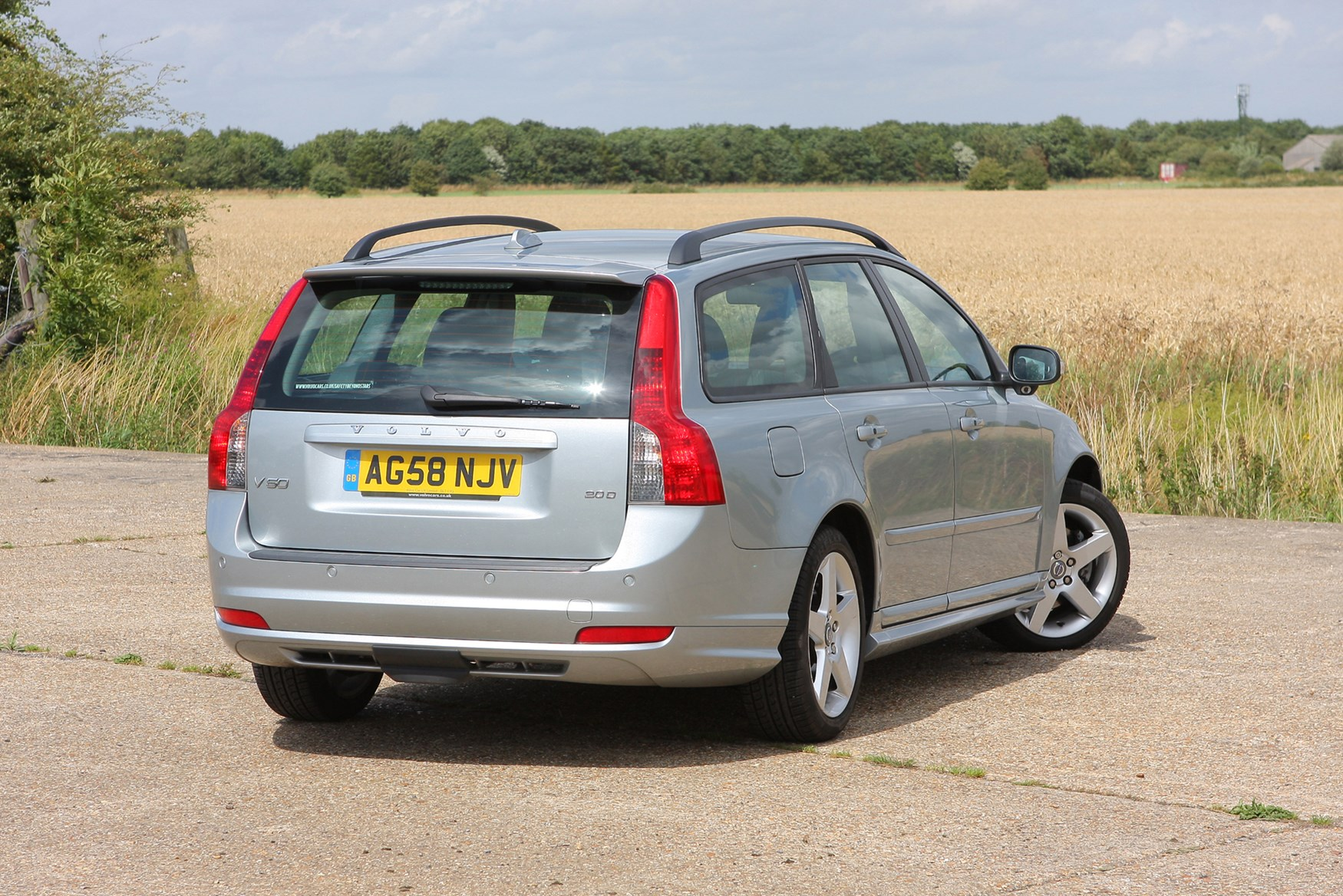 Used Volvo V50 Buyer s Guide & Review