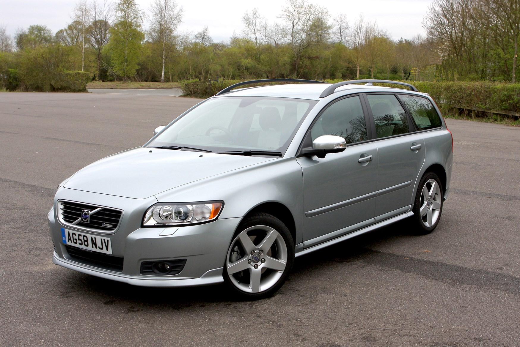 Used Volvo V50 Estate (2004 - 2012) Practicality | Parkers