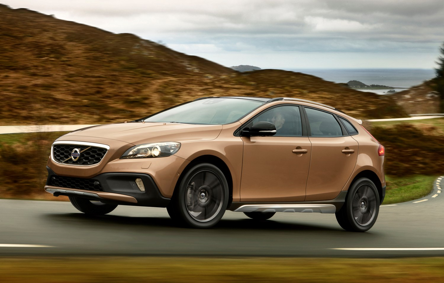 Volvo V40 Cross Country Review 2013 Parkers 2004 Xc70