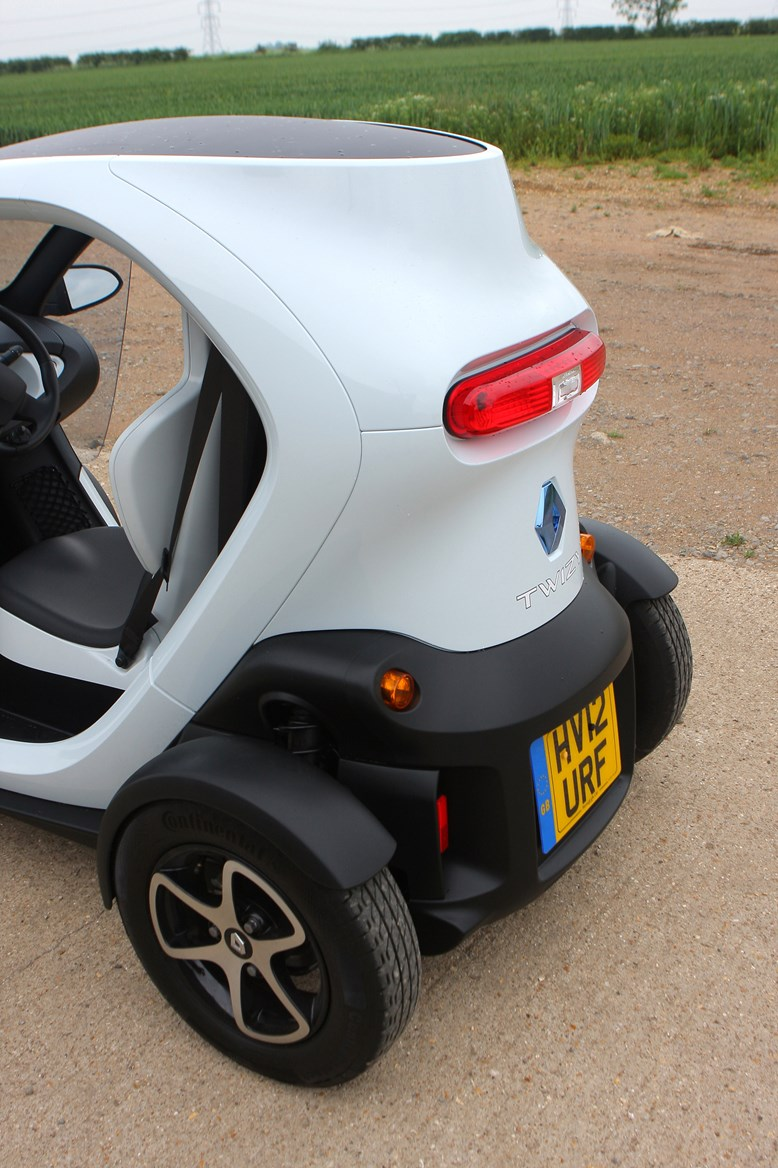 renault twizy coupe 2012 running costs parkers. Black Bedroom Furniture Sets. Home Design Ideas