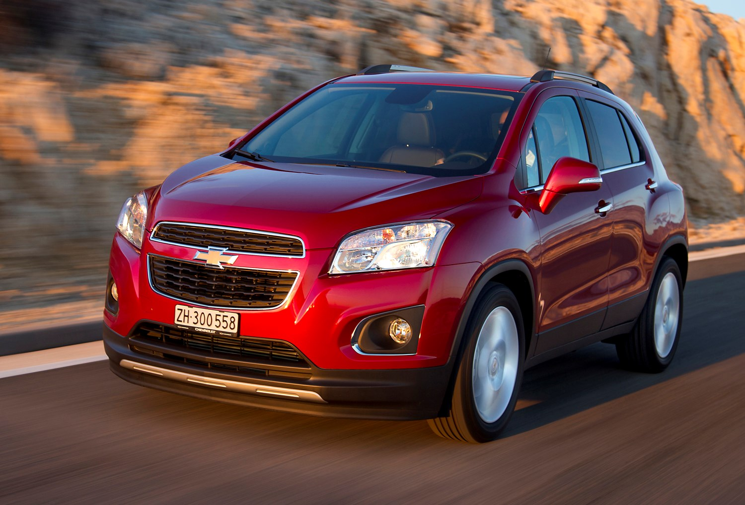 Awd Cars For Sale >> Chevrolet Trax Hatchback Review (2013 - 2015) | Parkers