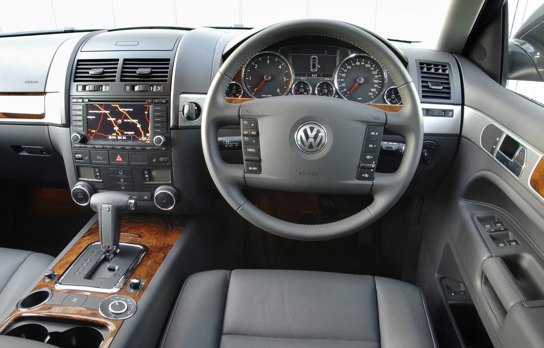 Volkswagen touareg estate review 2003 2009 parkers fandeluxe Images