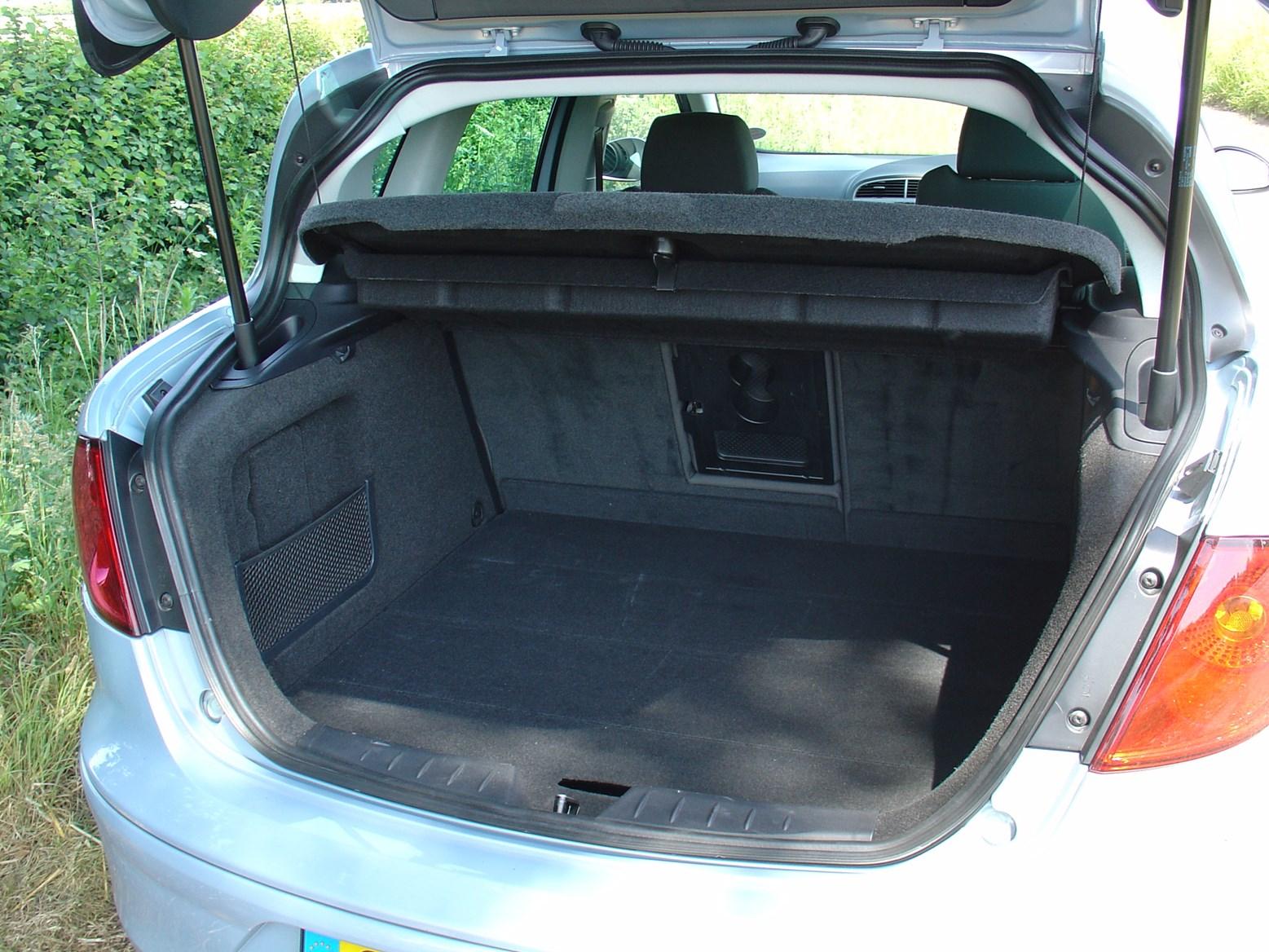 seat toledo hatchback review 2005 2008 parkers. Black Bedroom Furniture Sets. Home Design Ideas