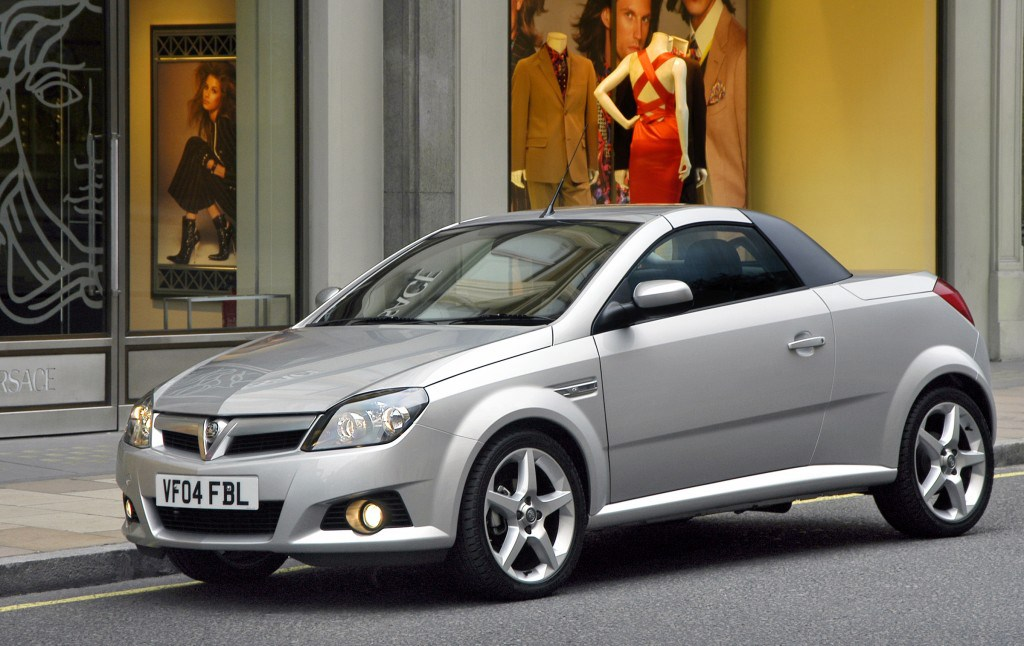 vauxhall tigra roadster review 2004 2009 parkers. Black Bedroom Furniture Sets. Home Design Ideas