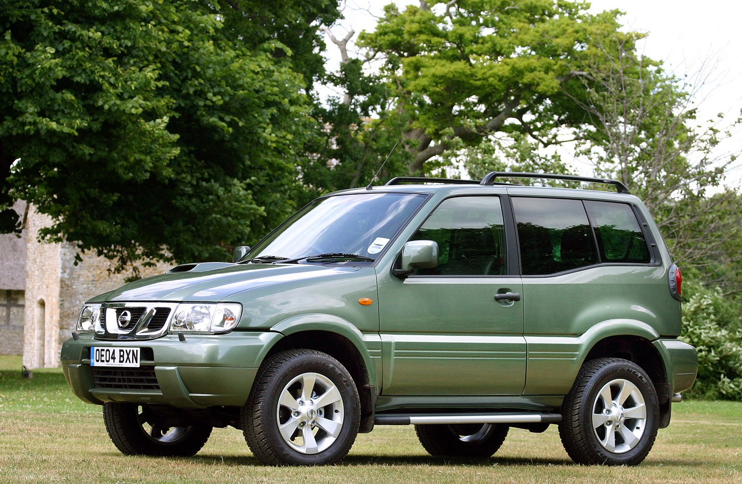 Nissan Terrano Station Wagon (1993 - 2007) Features ...