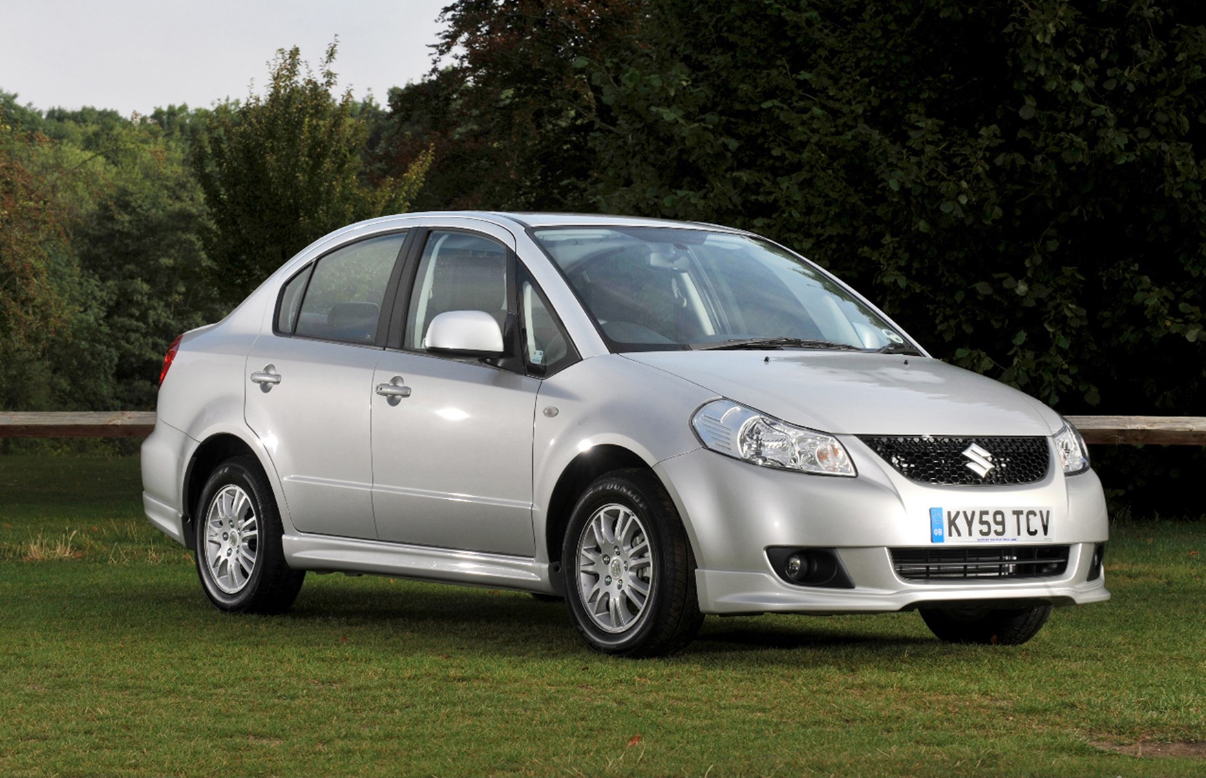 Used Suzuki Sx4 Saloon 2009 2011 Review Parkers