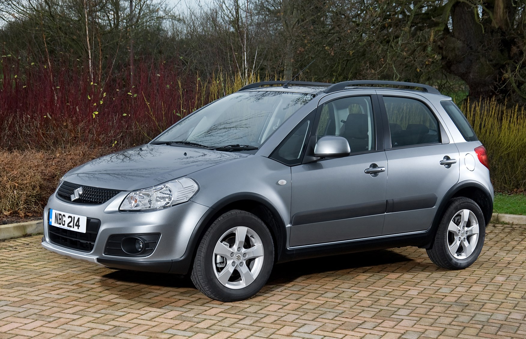Used Suzuki SX4 Hatchback (2006 - 2014) Review | Parkers