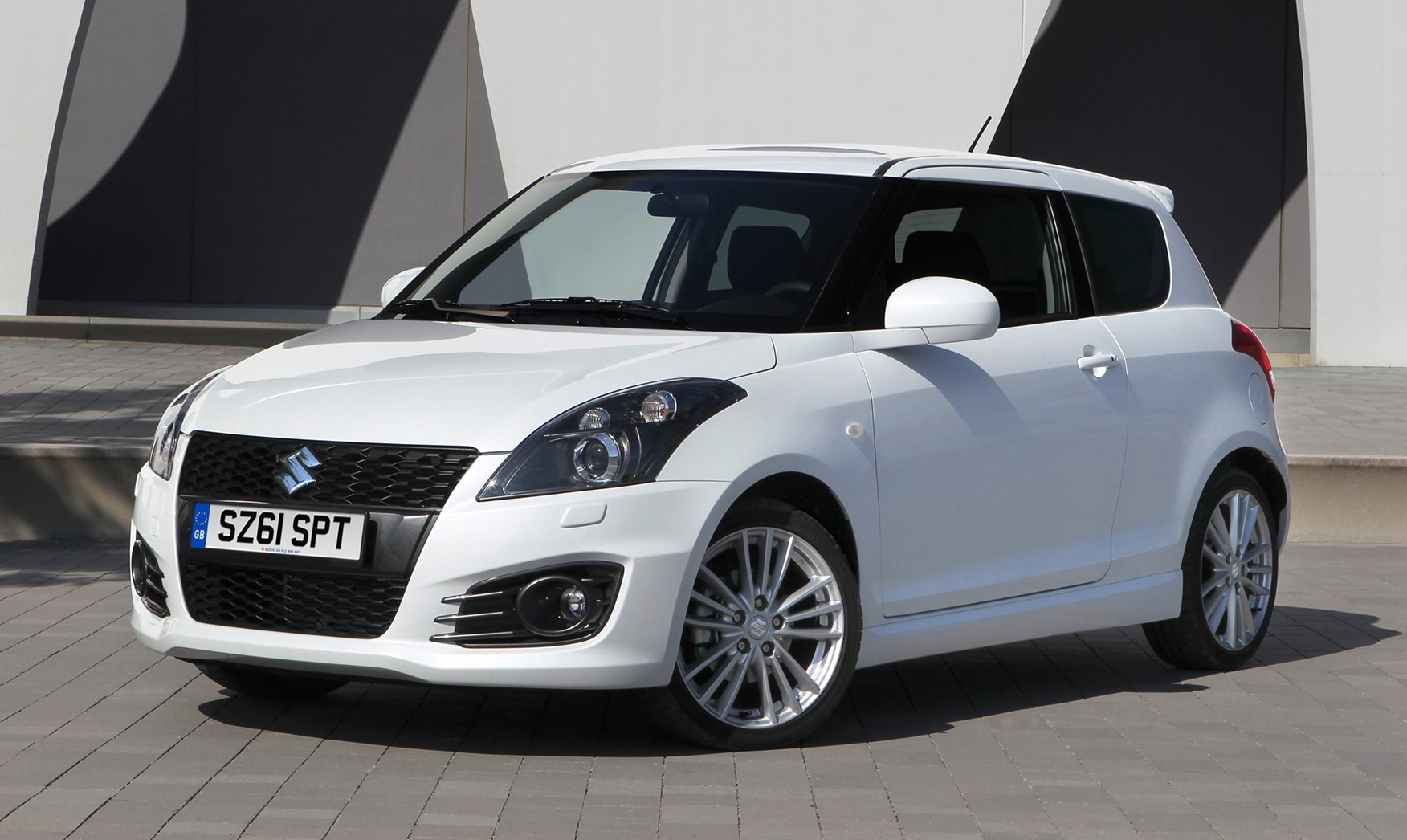 suzuki swift sport   review parkers
