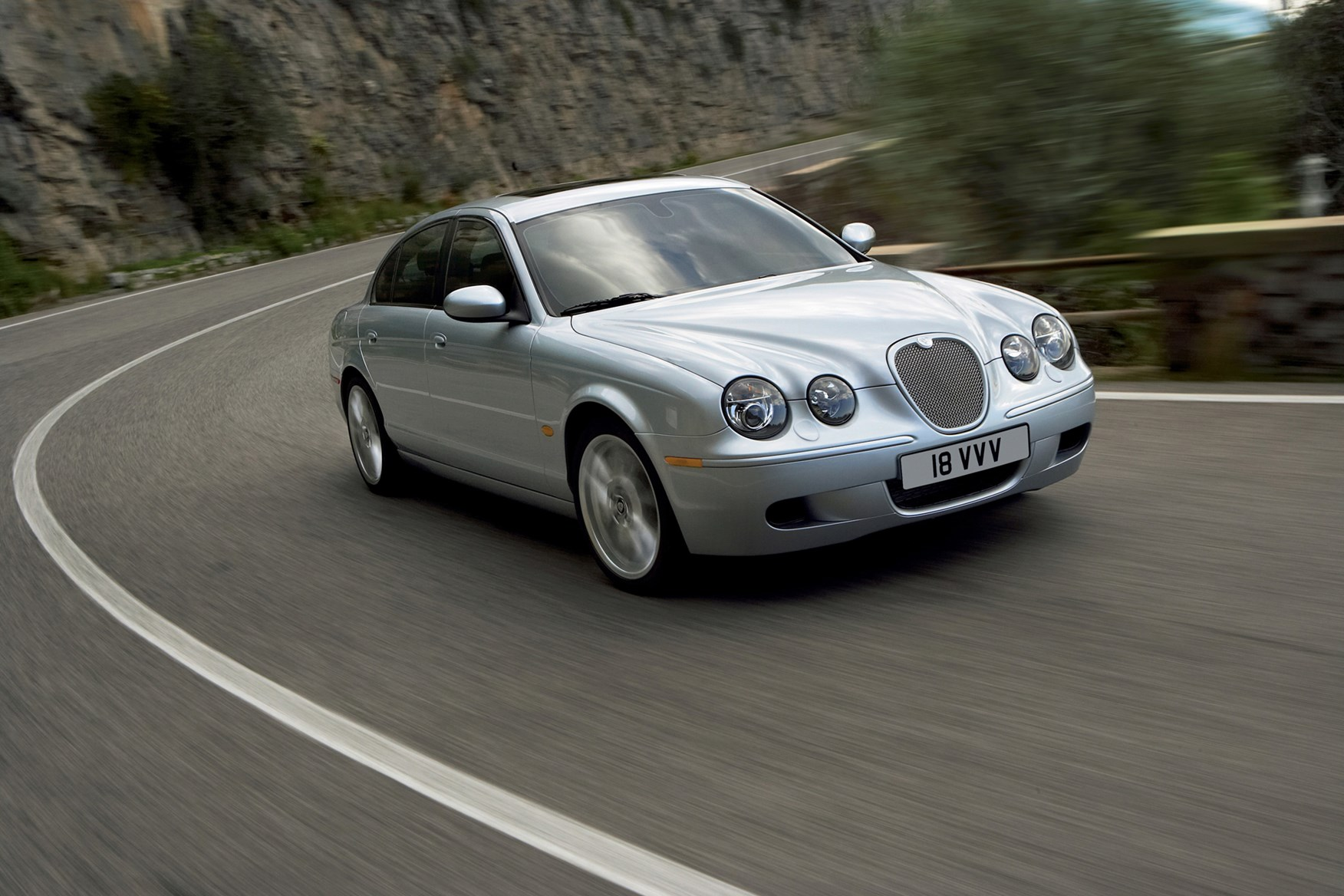 Jaguar S-Type Saloon Review (1999 - 2007)